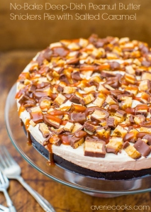 No-Bake Deep Dish Peanut Butter Snickers Pie With Salted Caramel | 10 Recipes To Make With Leftover Halloween Candy